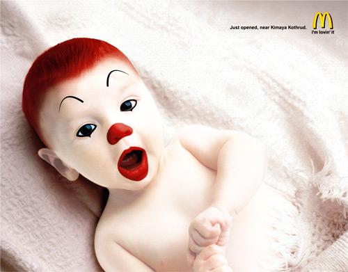 Малыш Рональд МакДональд или кукла Чакки?